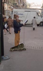 Violin busker