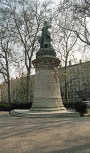 Statue in Place Carnot