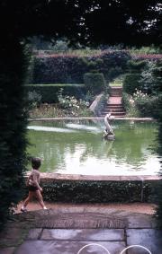 THE BATHING POOL GARDEN, HIDCOTE