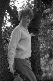 Greta in a tree