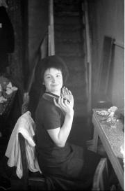 Greta in a wig, Masque Theatre