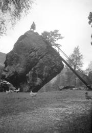 Bowder Stone, Borrowdale