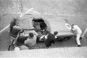 Aston Martin pit stop #4 Aston Martin DBR1/300 (Roy Salvadori and Tony Maggs)