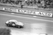 #60 Fiat-Abarth 850S (Denny Hulme and Angus Hyslop)