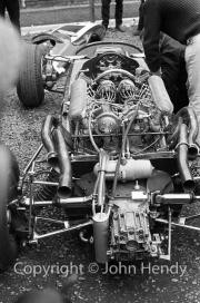 Naked F1 car - V12 engine