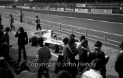 F1 - #33 Yardley McLaren-Cosworth (Mike Hailwood) leaving the pits
