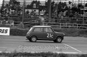 Team #21 Mini 7 Club A, Car C - Cooper-Mini 997cc John Whitmore/Steve McQueen