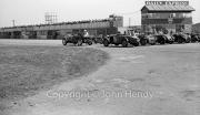 Start of 5 lap handicap. #65 1933 Talbot, 2969cc (RCA Mackworth), #50 1930 Alfa-Romeo, 1752cc, 6cyl (IT Eardale), #52 1930 Alfa-Romeo, 1750cc (JT Erskine-Hill), #86 1932 Frazer-Nash, 1496cc (PJ Nunn). Car at front may be #81 1930 Lagonda, 1954cc blown