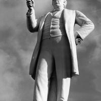 Charles Bradlaugh statue