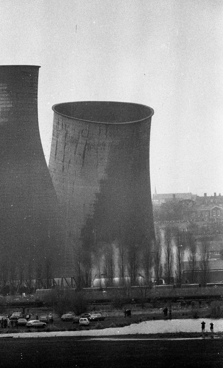 Cooling Tower Demolition : Cooling towers demolition my dad s photos