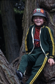 Simon in Delapre tree