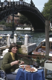 Accademia Bridge - Greta eating Pizza
