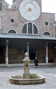 Campo San Giacomo di Rialto - Church, Clock and Fountain