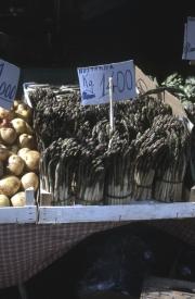 Rialto Markets - asparagus