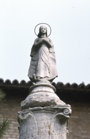 Torcello - statue with halo