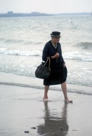 French widow paddling