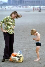 Greta and Simon on the beach