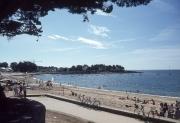 Benidet sea front, towards Pointe St Gilles