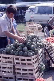 Benodet Market artichokes