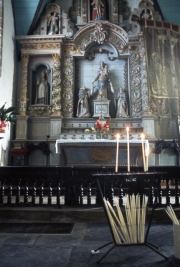 Guimiliau church interior and altar