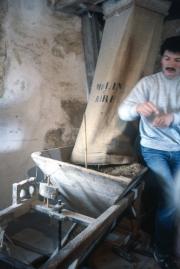 Moulin de Raire - hopper