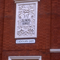 Plaque in Sloane Street