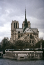 Notre Dame, tip of Ile de la Cite, Memorial