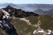 Le Chamechaude and the road to Charmant Som