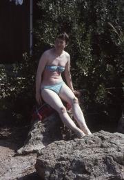 Greta in spotted bikini
